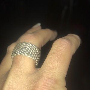 Tiffany's mesh ring.